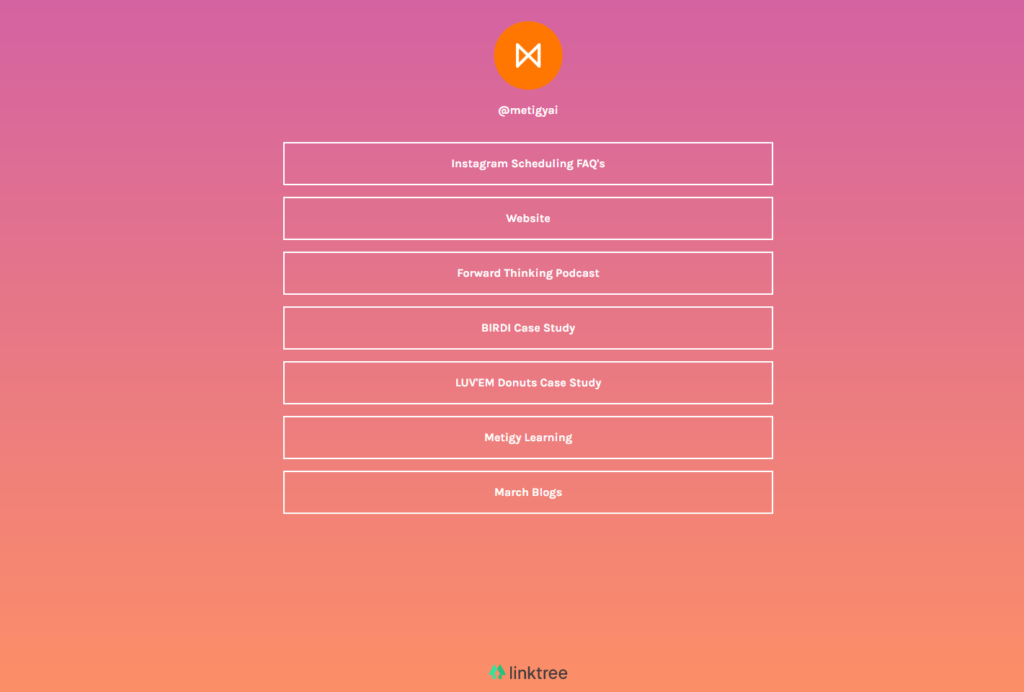 This is how Linktree looks and is an example of essential tools for posting to Instagram.